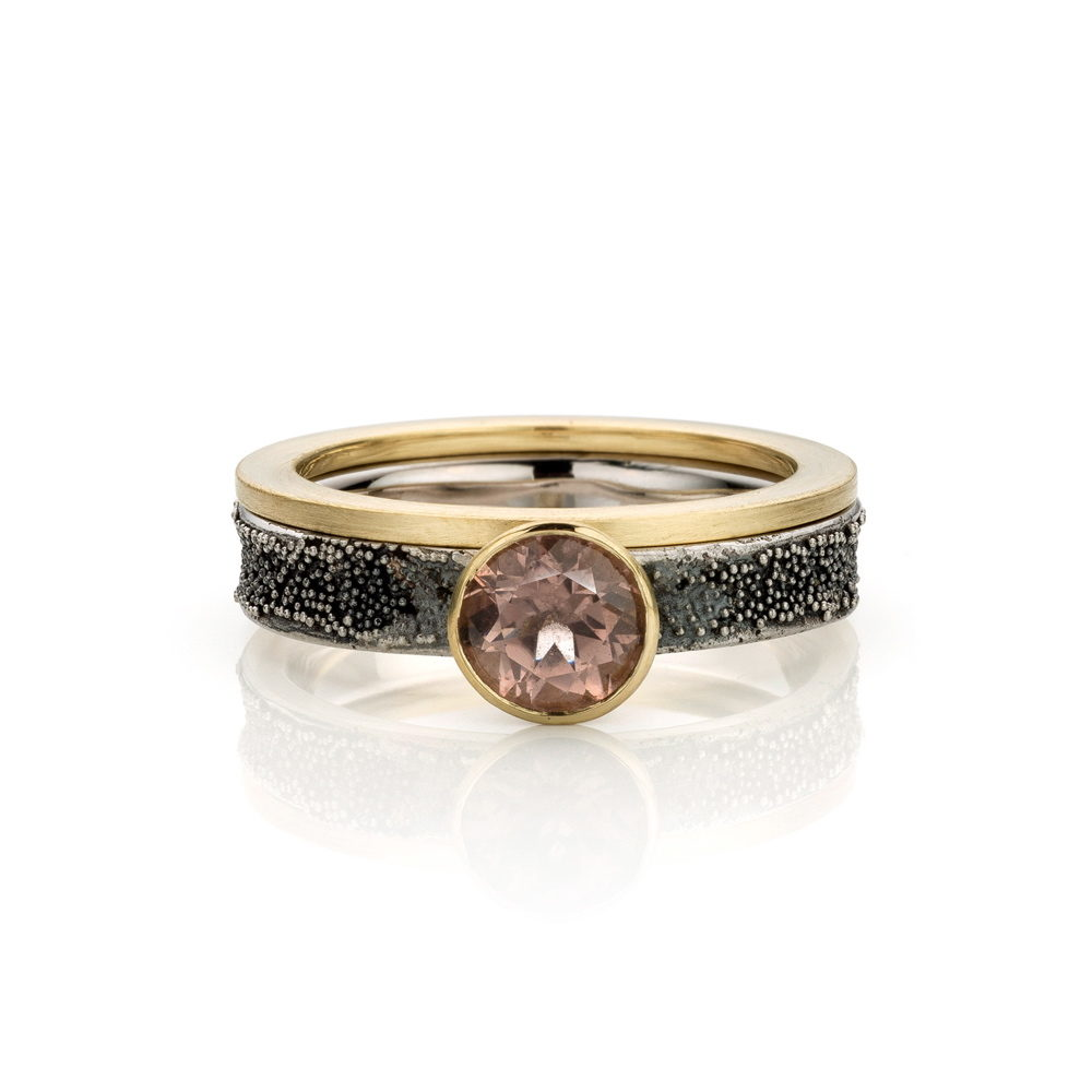 Rings black Coral and gold